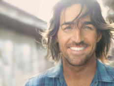 Country artist Jake Owen will perform prior to the NASCAR Sprint All-Star Race. Credit: RCA Nashville