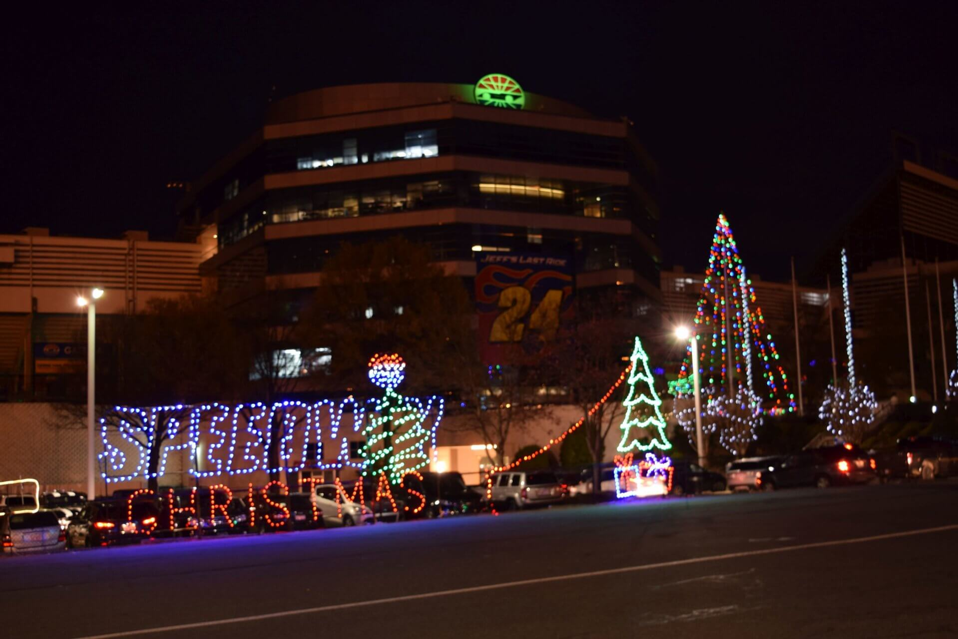 Charlotte Motor Speedway Christmas Lights.Speedway Christmas Returns Nov 19 With A 3 75 Mile Course
