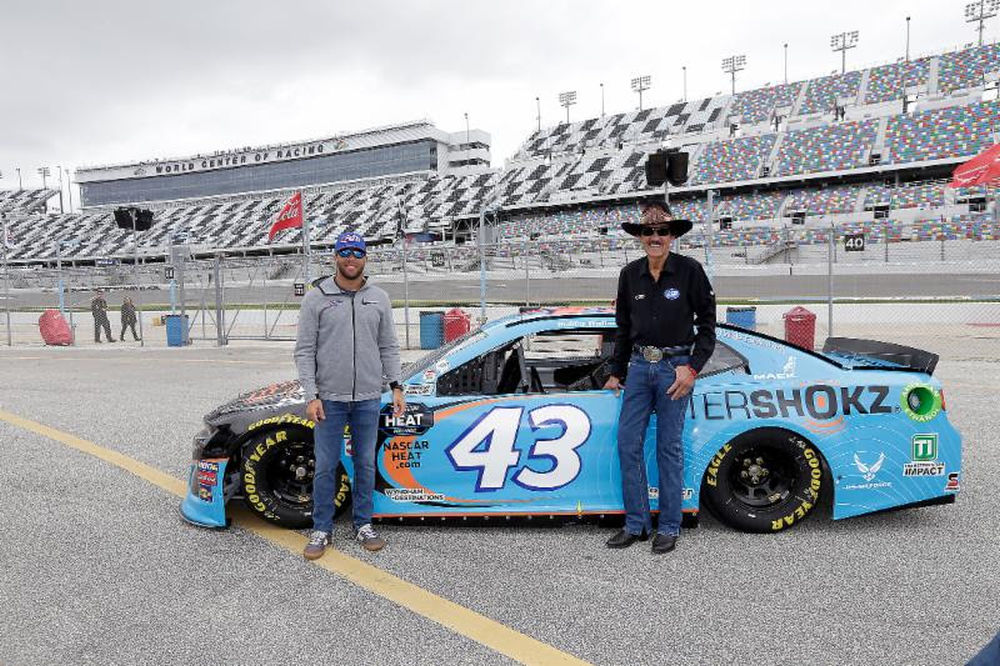 Richard Petty Motorsports >> Wyndham Destinations Celebrates 20 Years Of Partnership With